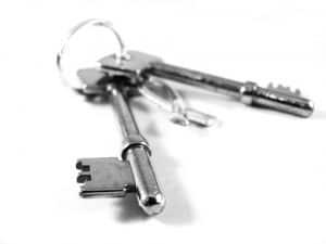 set of keys silver