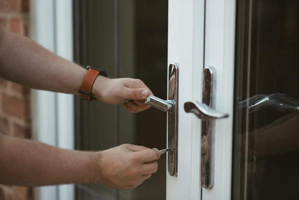 security survey locksmith checking lock